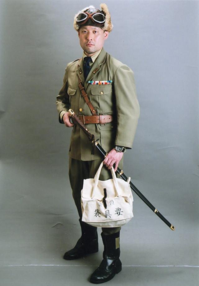 lieutenantcommander002.jpg