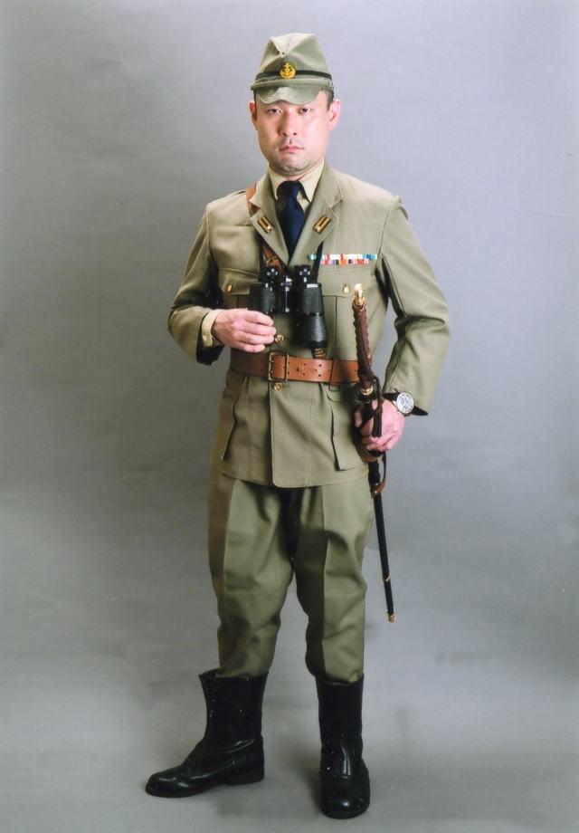 lieutenantcommander003.jpg