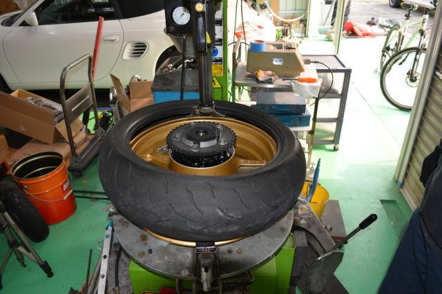 tire011.jpg